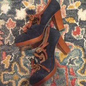 Anthropologie preppy heel w/ suede & leather mix